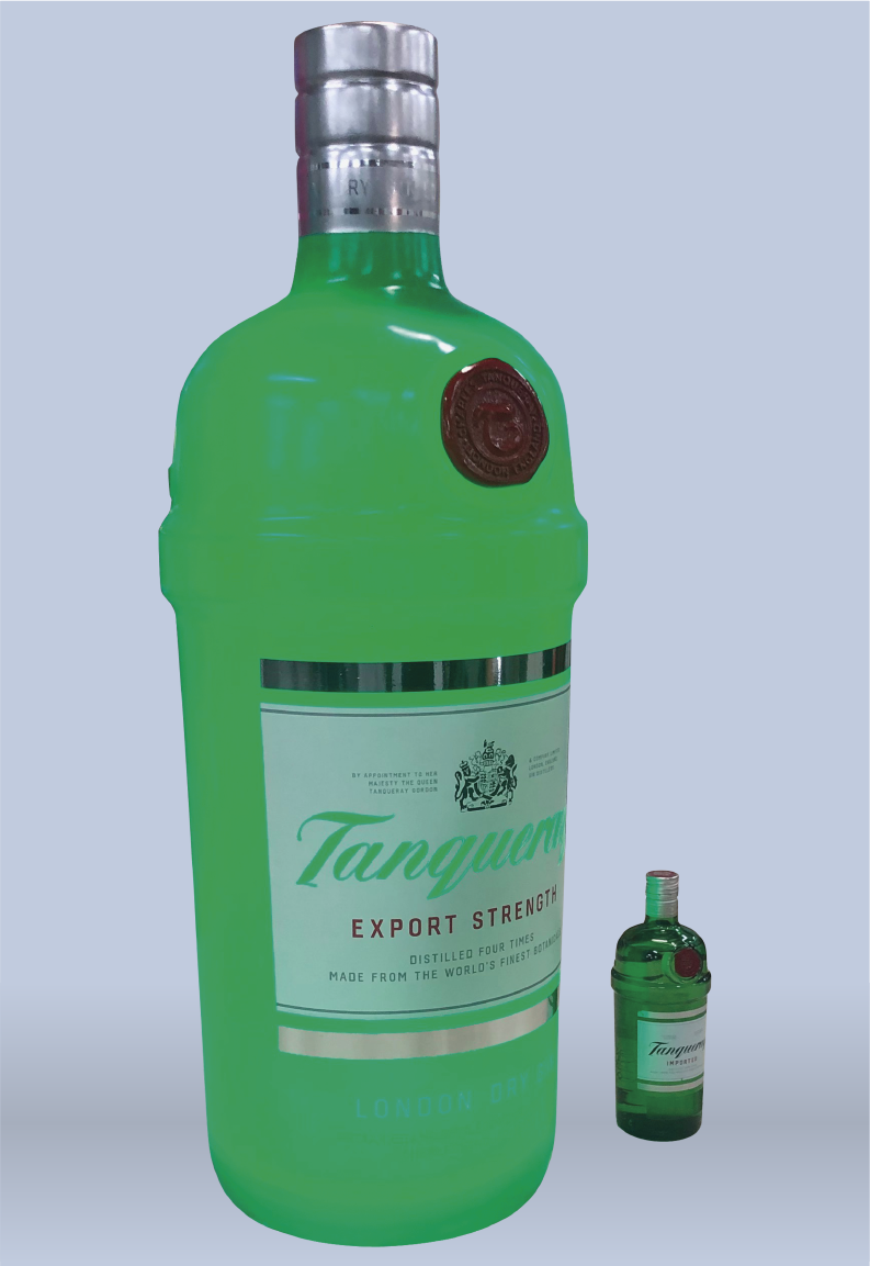 Tanqueray Bottle / .35m x .35m x 1m / Total Color